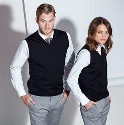 Pletené svetríky a vesty