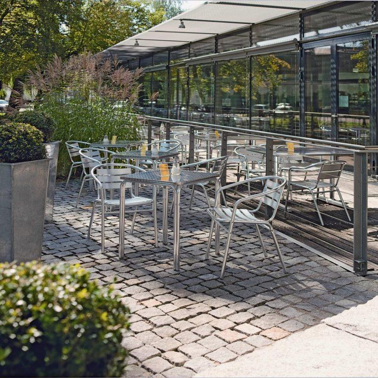 Hliníkový stôl Limona štvorcový