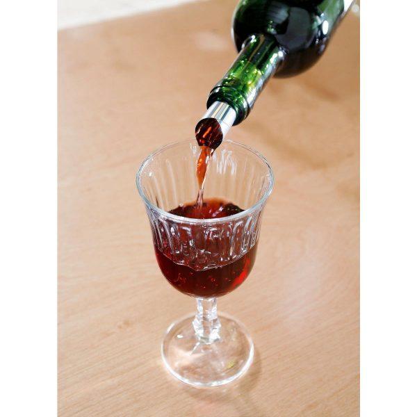Výlevka na víno