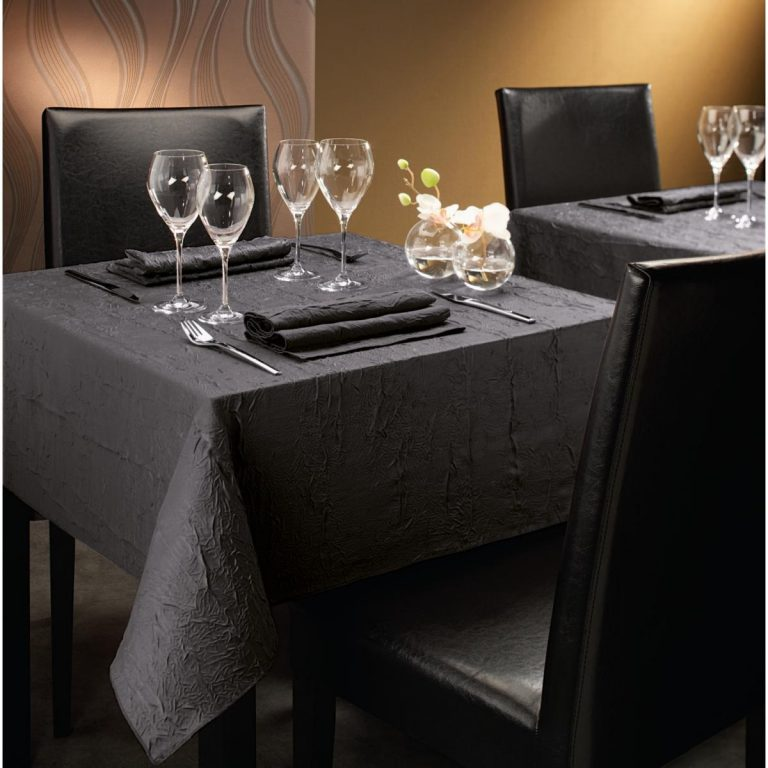 obrus, obrus na stôl, okrúhly obrus, obrusy, obrusy do reštaurácie, reštauračný textil, elegantný obrus, obrúsok, textilný obrúsok, textilné servítky, látkové servítky